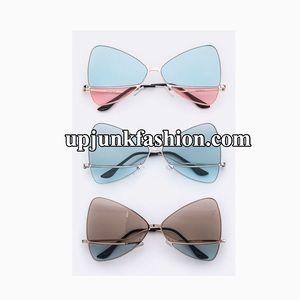 Accessories - Bi-Focal Sunglasses!